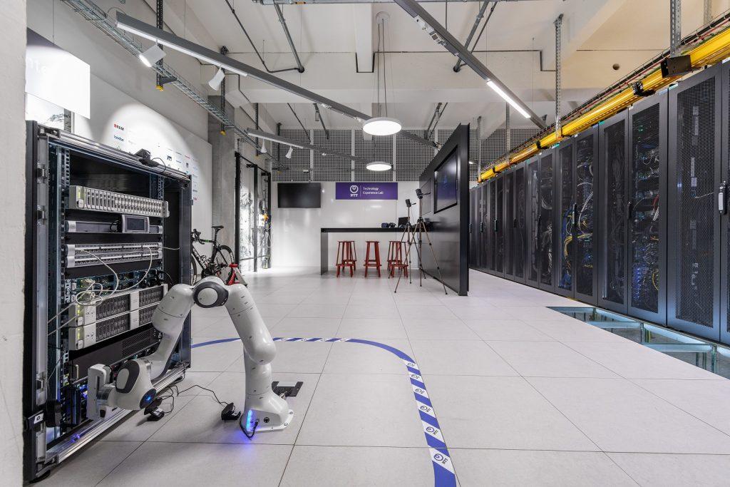 Toshiba Electronics Europa NTT Global Data Centers